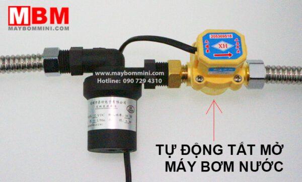 Tu Dong Tat Mo May Bom Nuoc.jpg