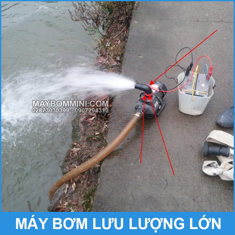 May Bom Cap Nuoc Ao Ho Ruong Dong